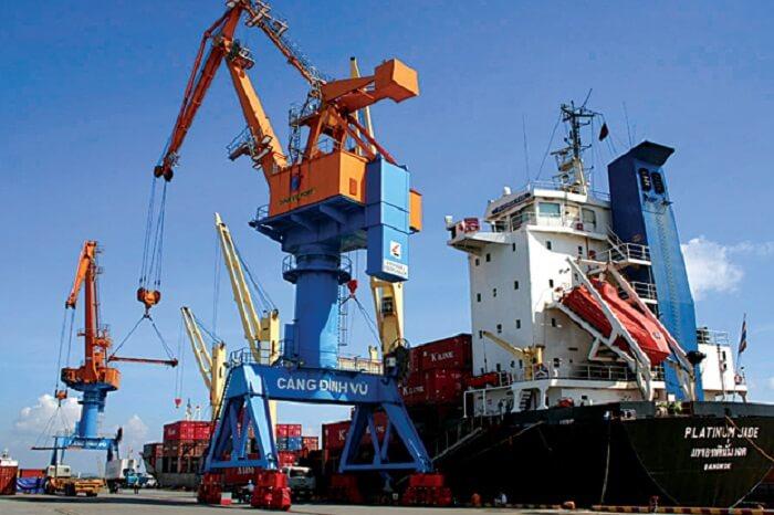 Ứng dụng biến tần LS điều khiển chân đế cẩu trục nâng hạ vận chuyển hàng tại cảng Đình Vũ