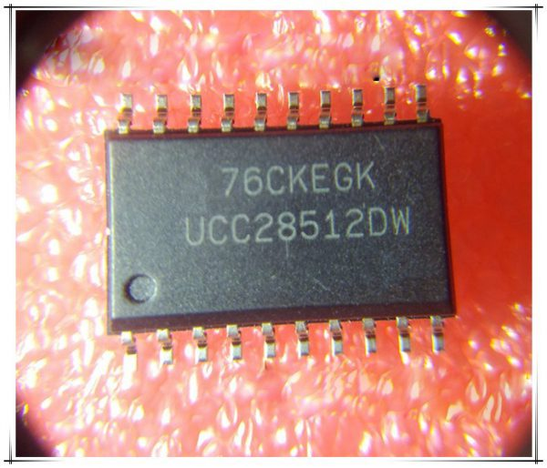 UCC28512DW