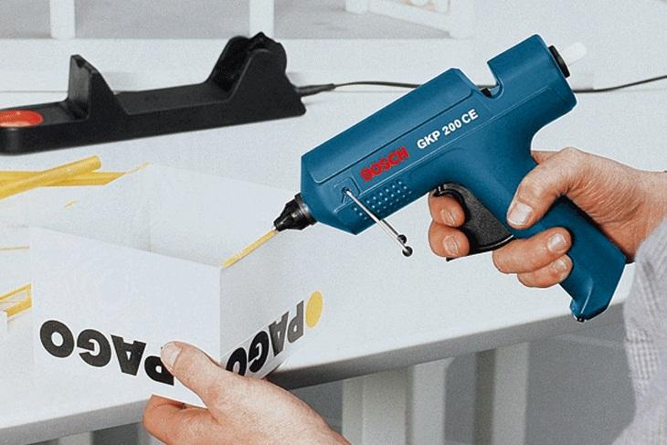 Cách dùng súng bắn keo nến